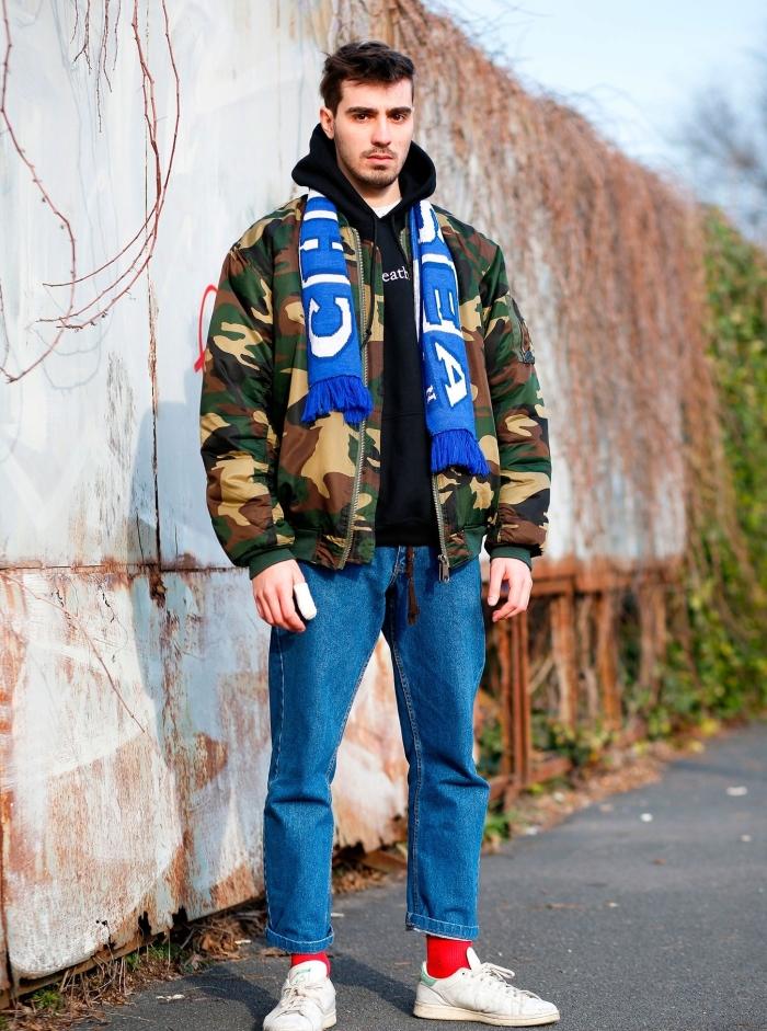 Джинсы и куртка камо