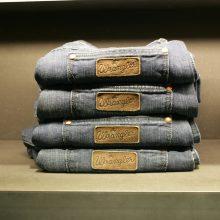 Джинсы Wrangler. Джинсовая одежда Вранглер из Америки