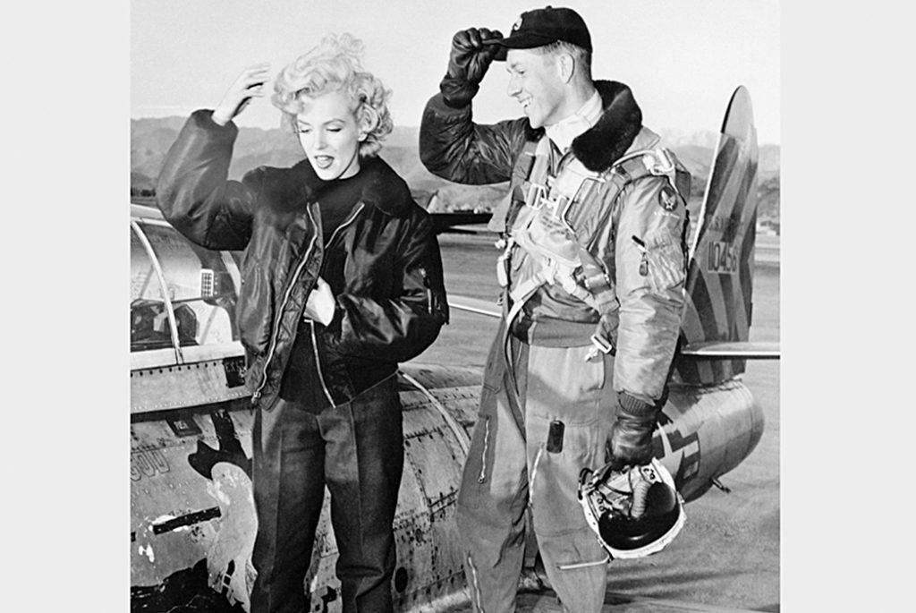 Лётная куртка B-15. Изображение с Robbreport.
