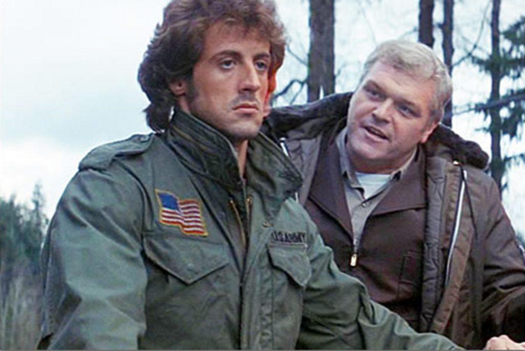 Сильвестр Сталоне в полевой куртке M-1965. С фильма Рембо началось масовый фетиш этой куртки. Изображение с Clint Weldon.