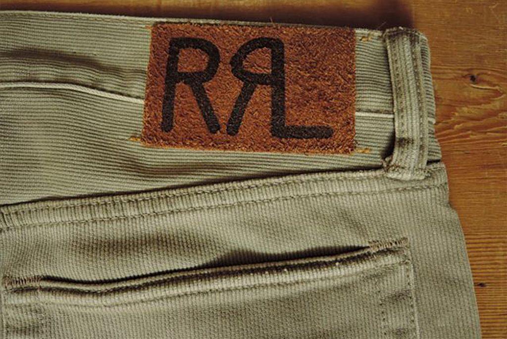 Бедфордский корд используется на некоторых брюках RRL. Изображение с Coney Island.