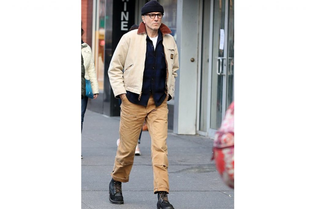 rk pants to work with daniel day lewis in double knee carhartt image via twitter